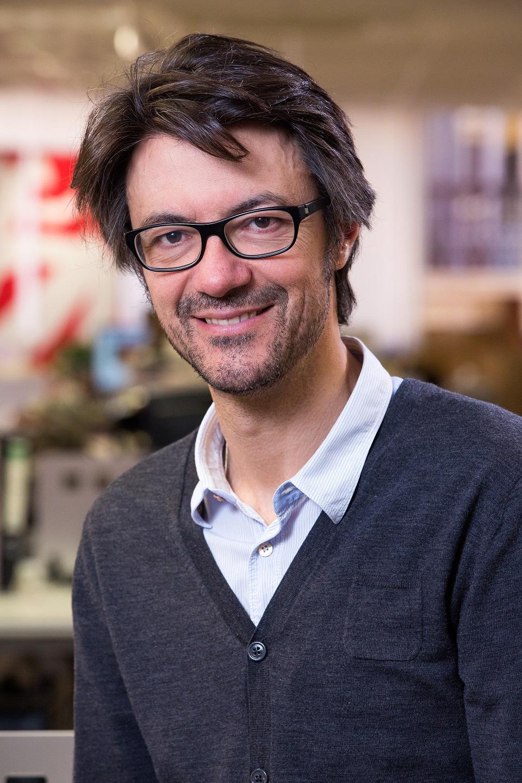Manuel Roca_vertical
